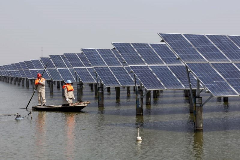 China wants to limit expansion of solar system manufacturers - Reuters