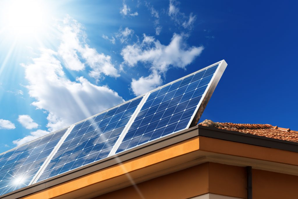 Are Solar Panels and Solar Batteries a Smart Buy?