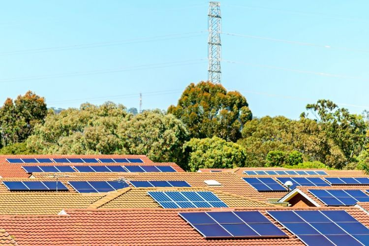 The new standard for solar inverters took off when AEMO pushed for stricter controls - RenewEconomy