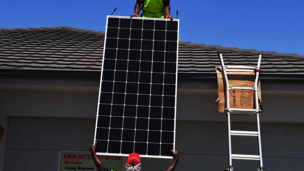 Incentives for home batteries may stop congestion in solar power