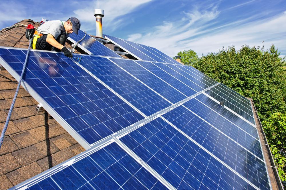 Australians Install 31,000 Solar Batteries in One Year - channelnews - ChannelNews