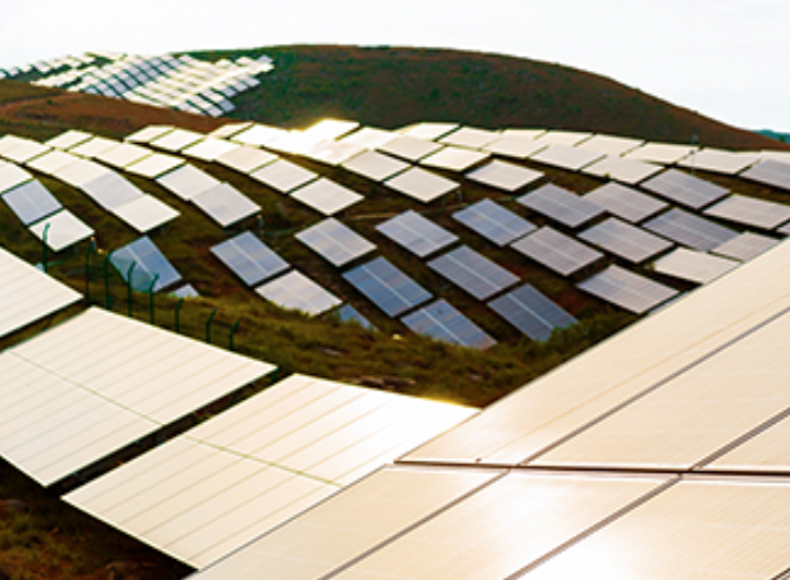 Risen Energy presents the first series-produced solar module with 700 W output