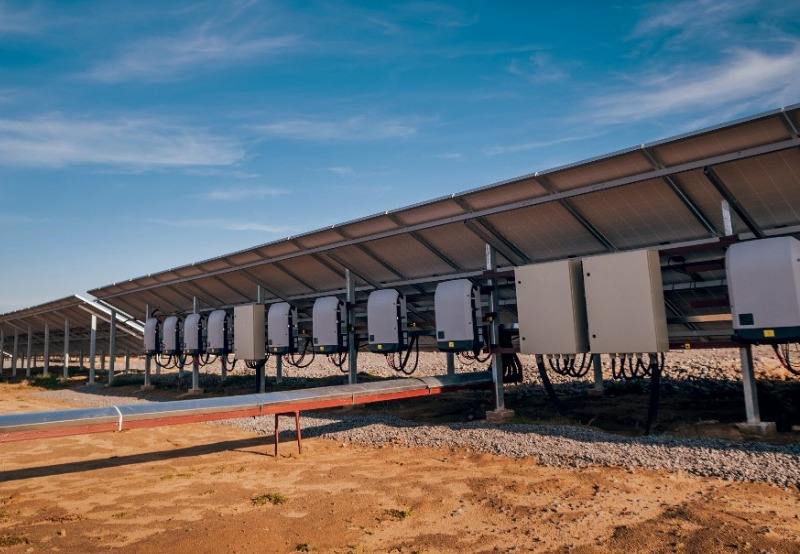 AI-controlled string solar inverters will be groundbreaking in the coming years - Mercom Germany