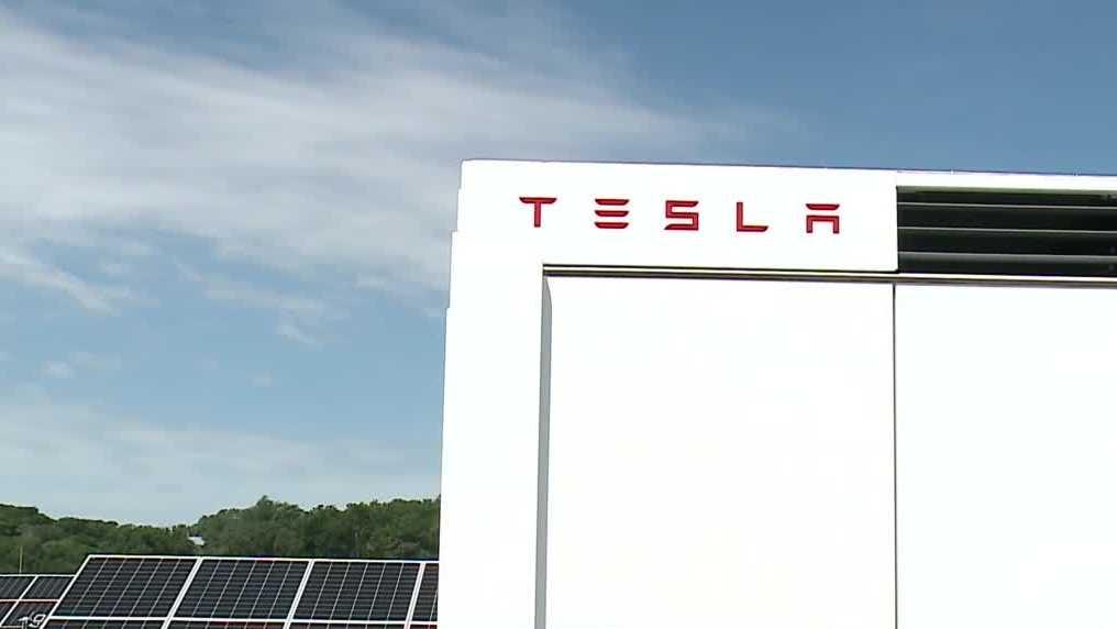 Nebraska's First Solar Battery Project Helps Power Burt County - KETV Omaha