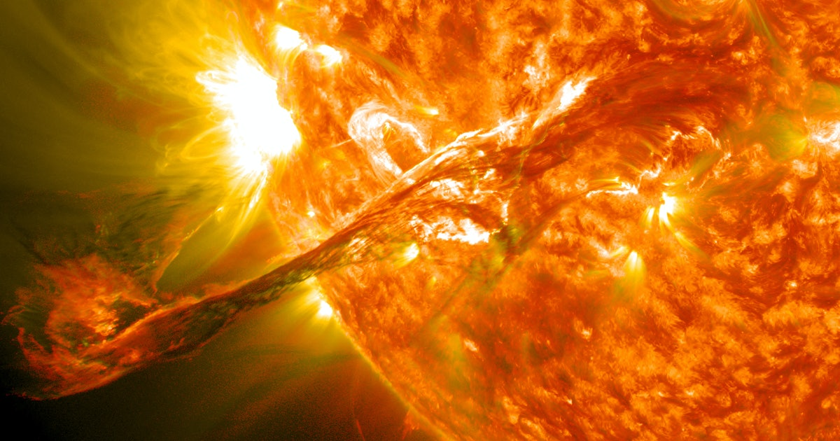 How solar flares could wreak havoc on power grids and satellites - Inverse
