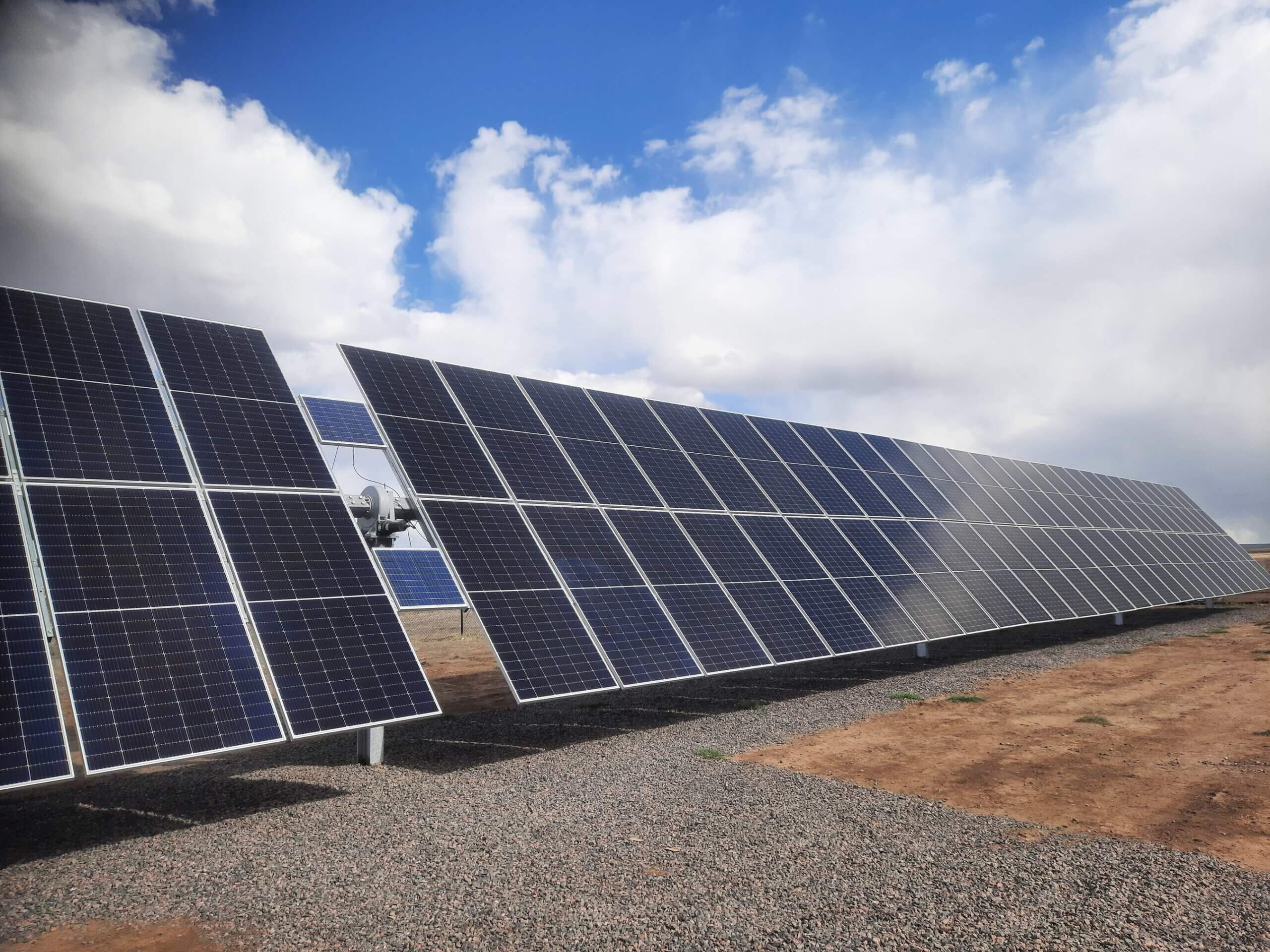 FTC Solar introduces the new Voyager + Solar Tracker for large format modules